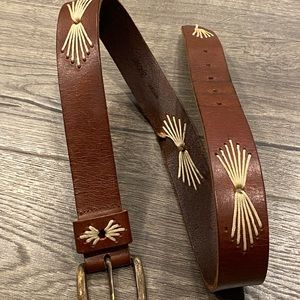 🌟 Abercrombie & Fitch Brown Leather Belt 96082